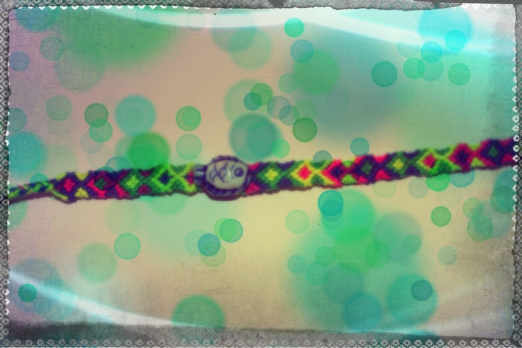 Friendship bracelet - Fish! www.frcstore.cz