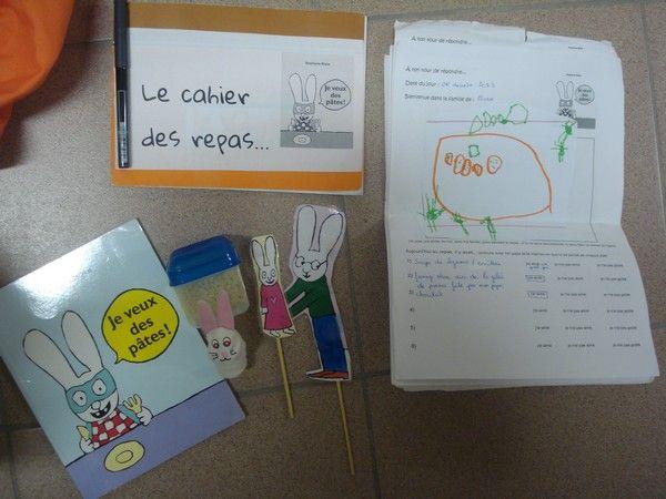 contenus des sacs à album chez Julien: photos 2014 - école petite section