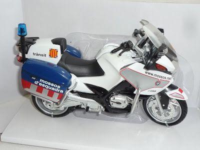 Muñecos y Figuras Personalizadas para Tartas de Bodas, Comuniones y Tartas Falsas para Eventos: Figura Personalizada Pareja de Novios para Pastel de Boda Tema Carreras de Motos