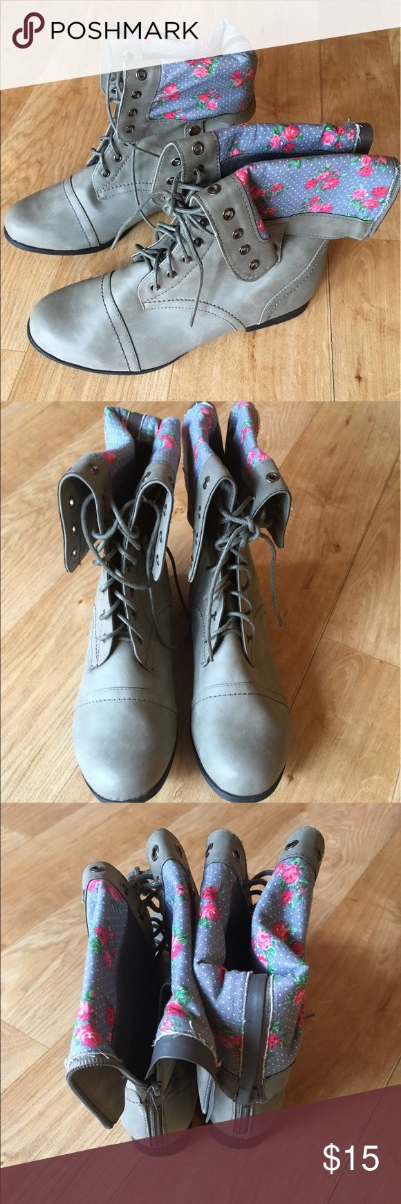 Size 8w gray/ floral combat boots. Wet Seal Size 8w gray/ floral combat boots. Wet Seal. NEW/ Never worn. Excellent condition. Can be folded over and buttoned at the sides to show the floral interior or laced up. Wet Seal Shoes Lace Up Boots