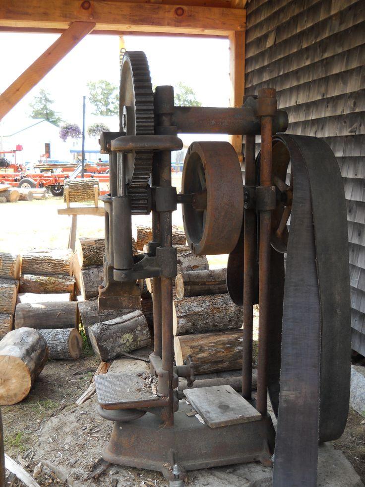 old antique wood splitter rusty old just old. Black Bedroom Furniture Sets. Home Design Ideas