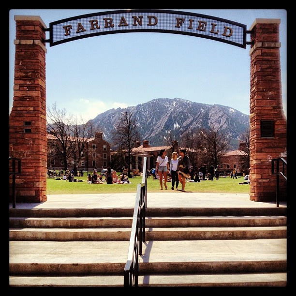 cu boulder honors thesis deadlines Community auditors at cu boulder the deadline to submit the spring 2018 registration form is february 16 honors courses and courses that have a waitlist international affairs senior seminar courses (iafs 4500) and any fully enrolled iafs course.