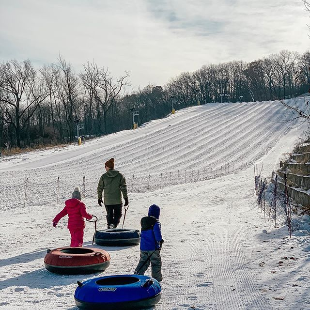Snow Tubing Outdoor Activities In Wisconsin Wisconsin Vacation Wisconsin Ski Resorts Snow Tubing