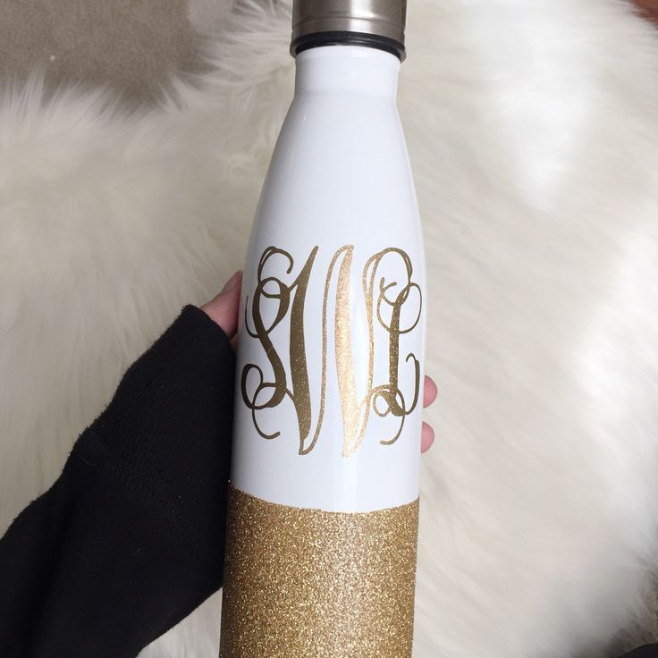MONOGRAM & GLITTER s'well-like water bottle anyone?!?  absolutely LOVE the white and rose gold combo!