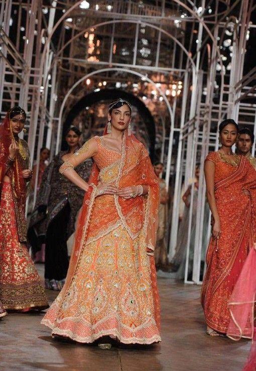 47 besten Outfits Bilder auf Pinterest | Indische brautmode, Indien ...