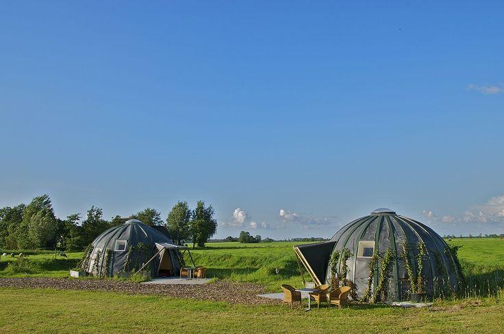2 of 4 persoons iglo op het platteland van Groningen