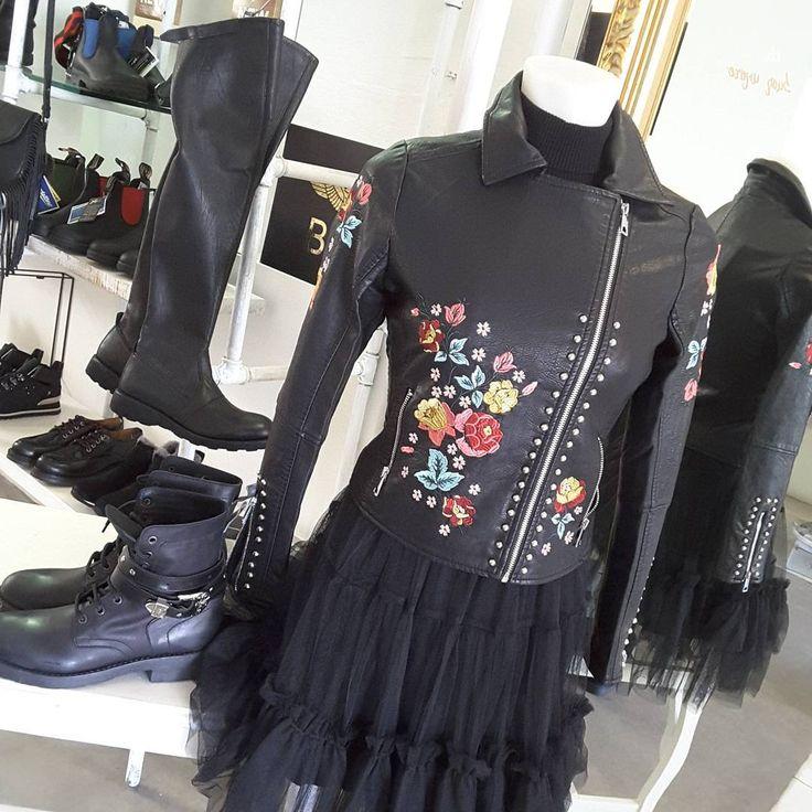 Perfecto Molly Bracken Brodé de fleurs #embroidery #fashion #mollybracken #trendy