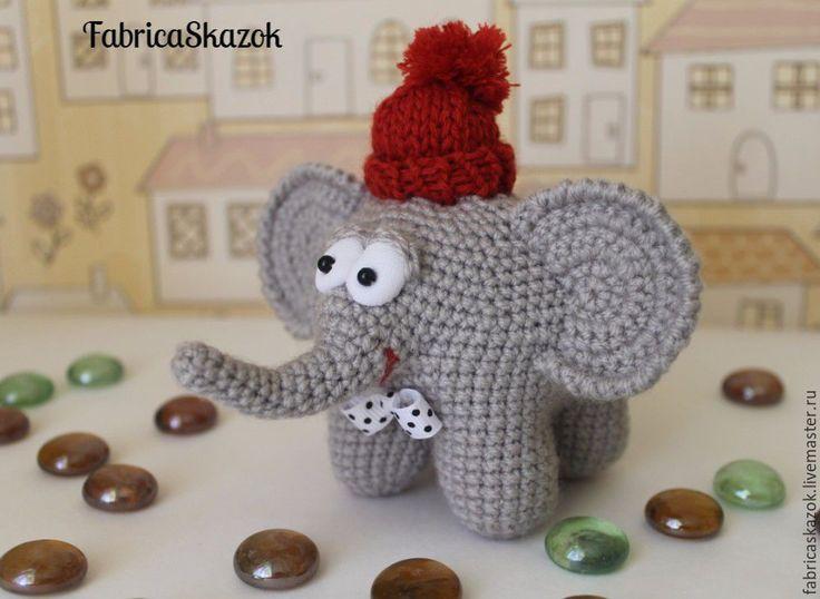 Купить Игрушка Слоненок, связанный крючком - серый, слон, слоник, слоник игрушка, слоник в подарок