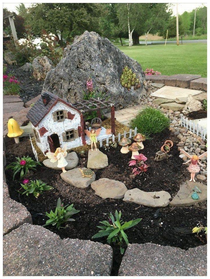 20 Inspiring Gnome Garden And Fairy Garden Design Ideas To Copy Right Now Fairy Garden Miniature Garden Miniature Fairy Gardens