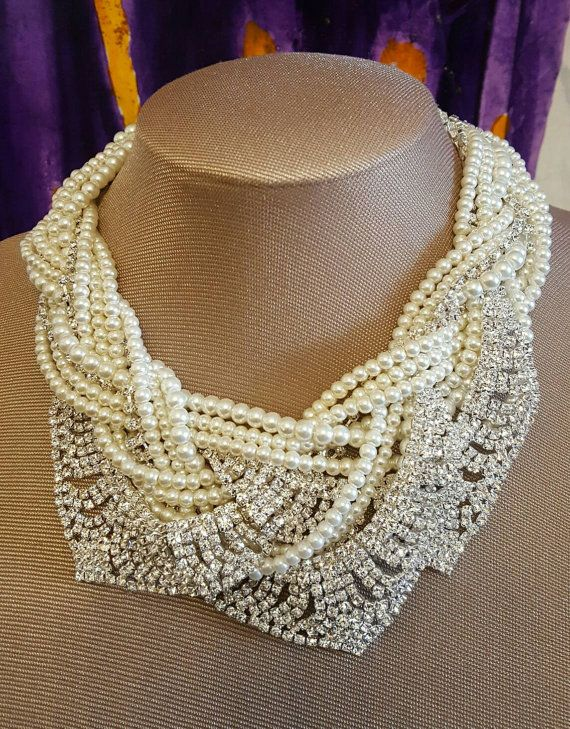 Chunky multilayer pearl and rhinestone necklace,Bridal statement necklace,Boho pearl jewelry, Bold pearl necklace trending jewelry,tom binns