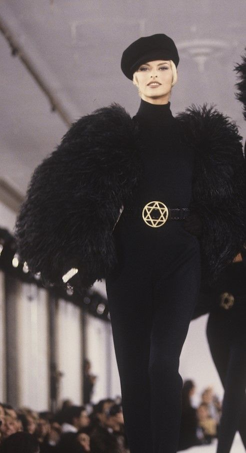 #vintage Linda Evangelista for Isaac Mizrahi 1991 #90s #thesupers