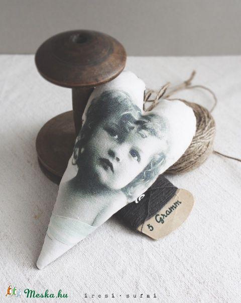 Vintage szív - Lili, Dekoráció, Otthon, lakberendezés, Meska #heart #sewing #homedecor #vintage