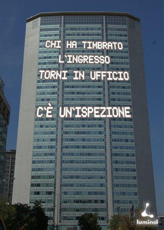 Scrivilo sul Pirellone (05) - luminolads