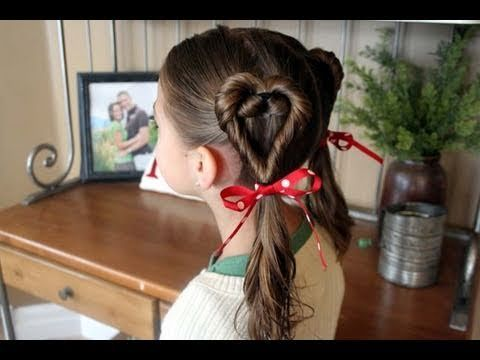 Double-Twist Heart Ponytails {Easy Valentine's Day Hairstyles in under 5 minutes!}