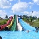 Annagora aquapark (Waterpark) (Balatonfüred)  Modern zwembad met alle voorzieningen. Veel glijbanen (12 stuks) en zwembaden, waaronder golfbad zowel een voor de kleinste als een voor de groten, een binnenbad, een kinderbad met vele elementen en een rivier voor even lekker rusten. Daarnaast is er wellness, enkele sportvelden, speeltuin en de nodige eet- en drinkgelegenheden. Half uur rijden vanaf Révfülöp