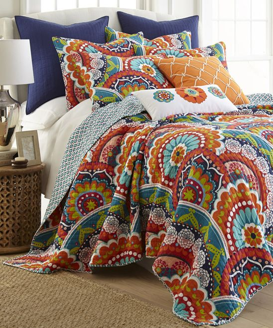 Cute flower power quilt set for the home pinterest - Lexington ropa de cama ...