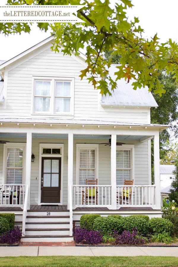 White Farmhouse With Porch Architecture Pinterest