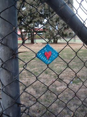 Fence yarnbomb - for the beginners out there, this seems like a good way to start yarnbombing!