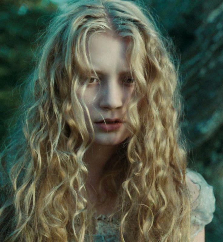 Alice in Wonderland   mostbeautifulgirlscaps