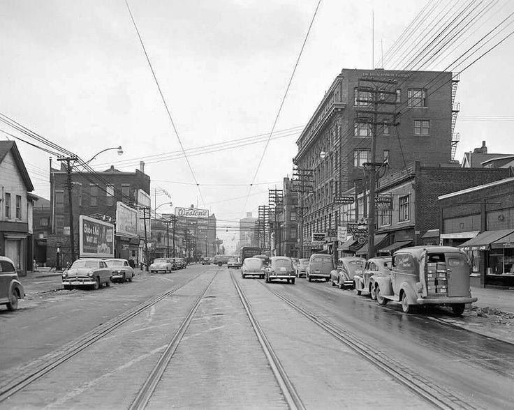 Bloor/Yonge, looking west after the widening 1949: