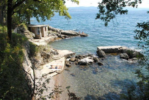 Lovran APP(3+2) 80m od plaže i LUNGO-MARE slob.od 15.6.(50-70e.)  Appartments for rent - summer vacation in Croatia