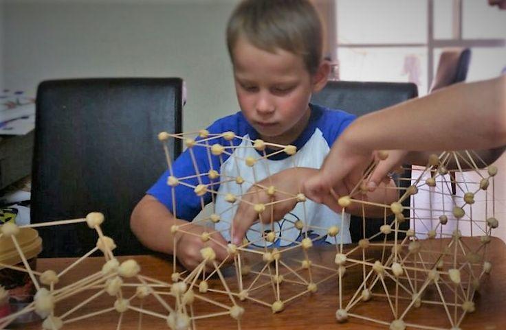 конструктор из зерен хумуса משחק בניה מגרני חומוס