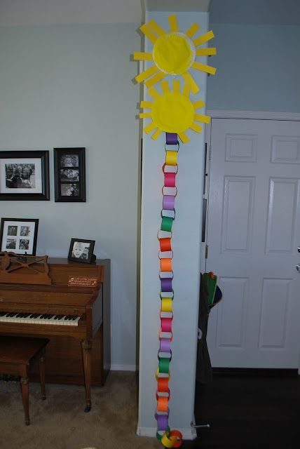 Countdown to summer paper chain...