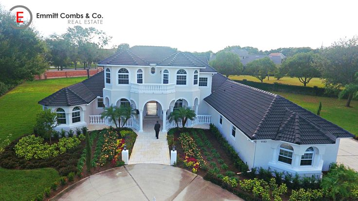 🔴🔴🔴 $899,999 5 BEDROOMS   5 BATHS 4,299sqft on 1 Acre Windermere, FL 34786  Call me to schedule your private tour of this fully renovated estate... 786-277-1190 www.emmittcombs.com  #luxury #luxuryhomes #luxurylife #emmittcombs #realestate #orlando #windermere #miami #lifestyle #chicago #newyork #losangeles