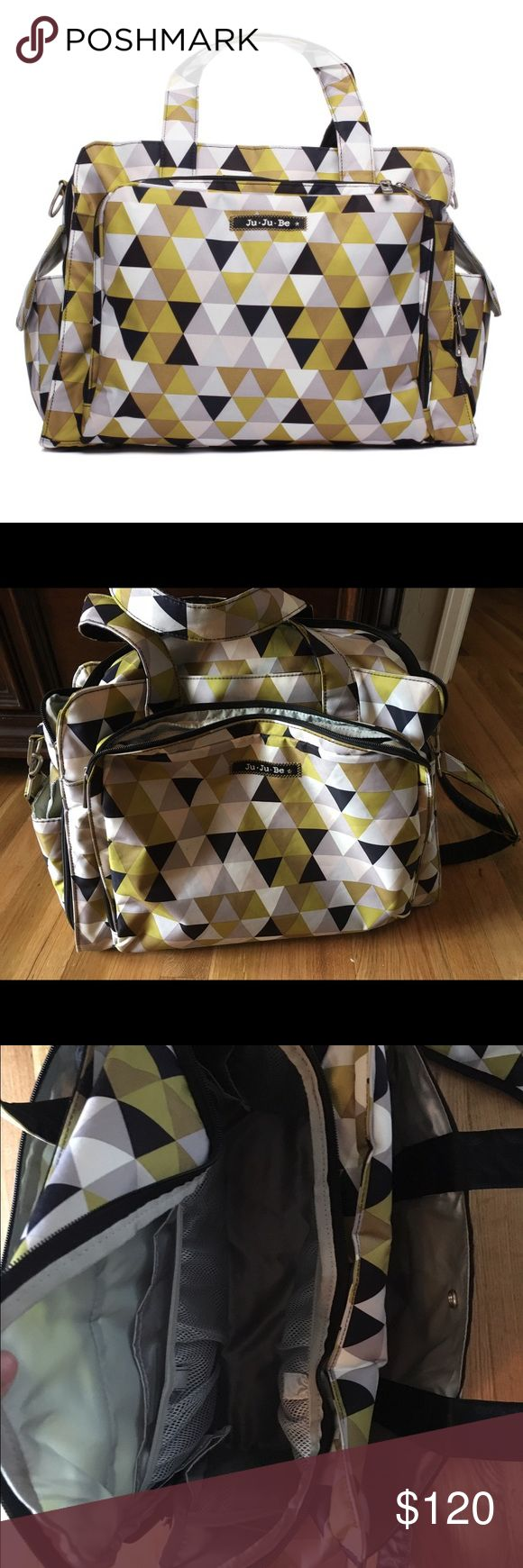 "Jujube ""Be Prepared"" Diaper bag Jujube ""Be Prepared"" diaper bag.  This bag is in excellent condition and has everything that a mom could ever need in a diaper bag... I included additional information in the pictures.... matching memory foam changing pad included. Jujube Bags Baby Bags"