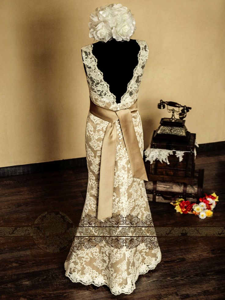 17 best images about vintage style wedding dress on for Vintage inspired wedding dresses lace