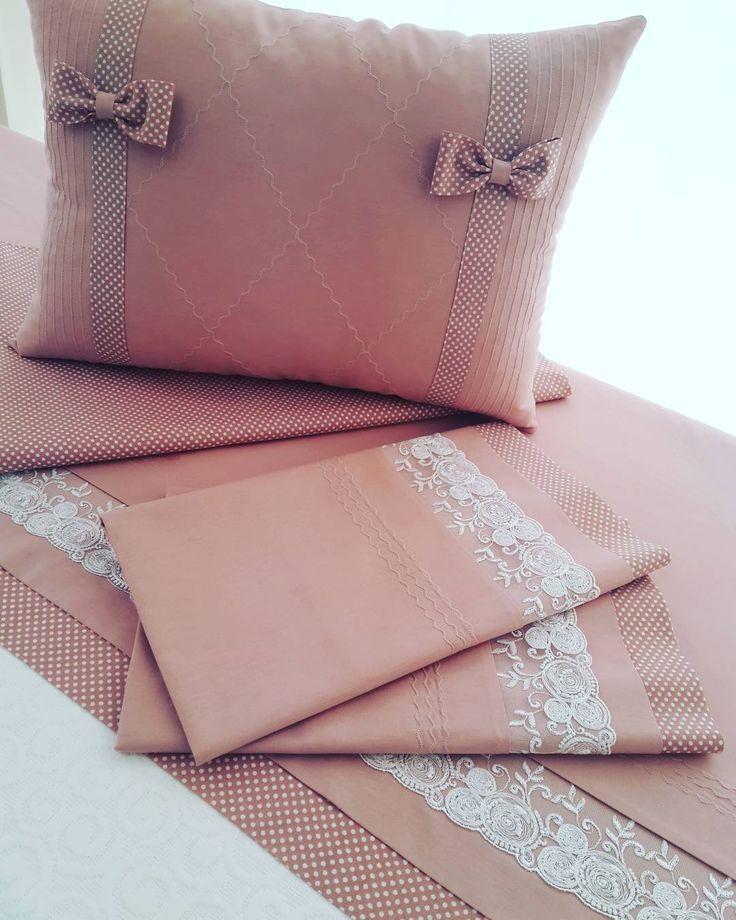 Pamuklu pike takımı#ceyiz #piko #nakis #dantel#mavispiko#kanevice #izmir #tasarım #ceyizhazırlığı #nişanbohcasi #ceyizhazirligi #evtekstil #ceyizlik #design #handmade #diy #home #textile #sewing #embroidery #fabric #sateen #kumaş #hometextile #wedding #instaart #tasarim #art #instafollow