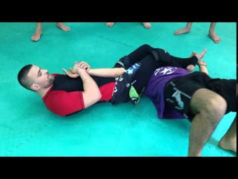 Arm Bar Escape - Brazilian Jiu Jitsu Techniques