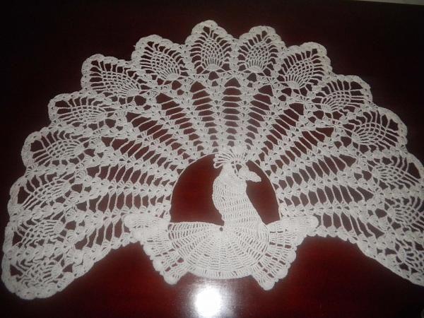 ♡  ╮ ♡ Aplique de Crochê Pavão  -  /  ♡  ╮ ♡ Apply Crochet Peacock -