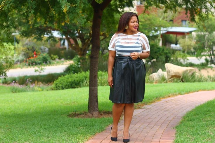OUTFIT   BLACK & WHITE. Head over to #FromHeadToHeels to see full post  details.   >> http://ift.tt/22SKdT1