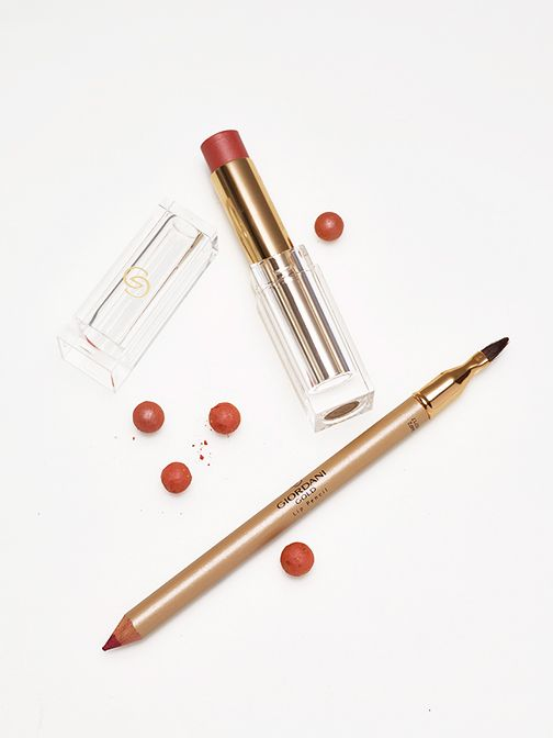 Giordani Gold Makeup