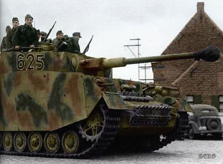 PzKpFw IV Ausf J (SdKFz 161/2). 6th Company/SSPanzer