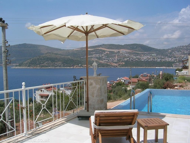 3 bedroom villa in Kalkan to rent from £350 pw, with a private pool. Also with solarium, balcony/terrace, air con, TV and DVD.