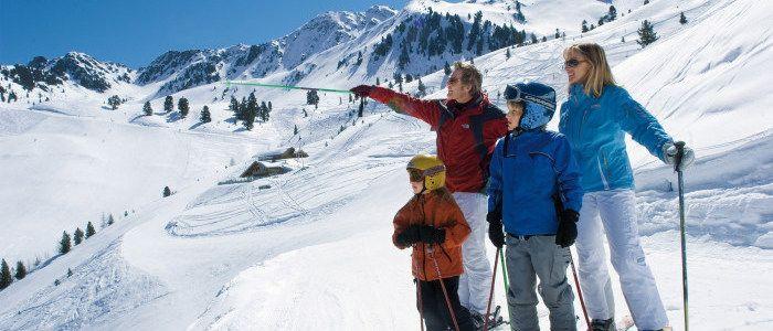 Skiurlaub mit Kindern & Winterurlaub für Familien in Österreich   Familienhotel Riml in Tirol