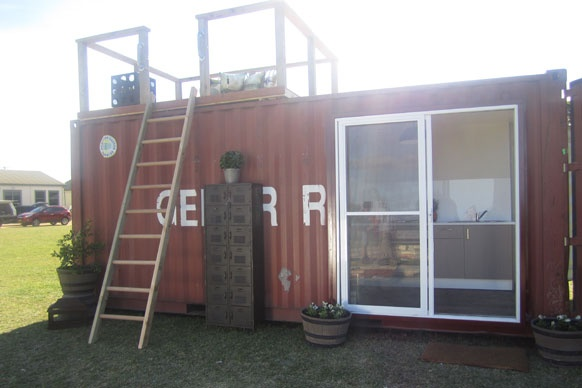Shipping container homes jamie durie top design sydney australia 5 x 20 ft container - Simple shipping container homes ...