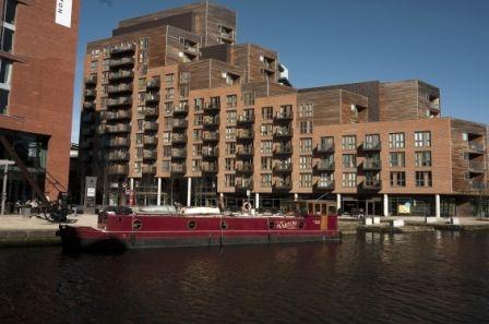 Granary Wharf Boat
