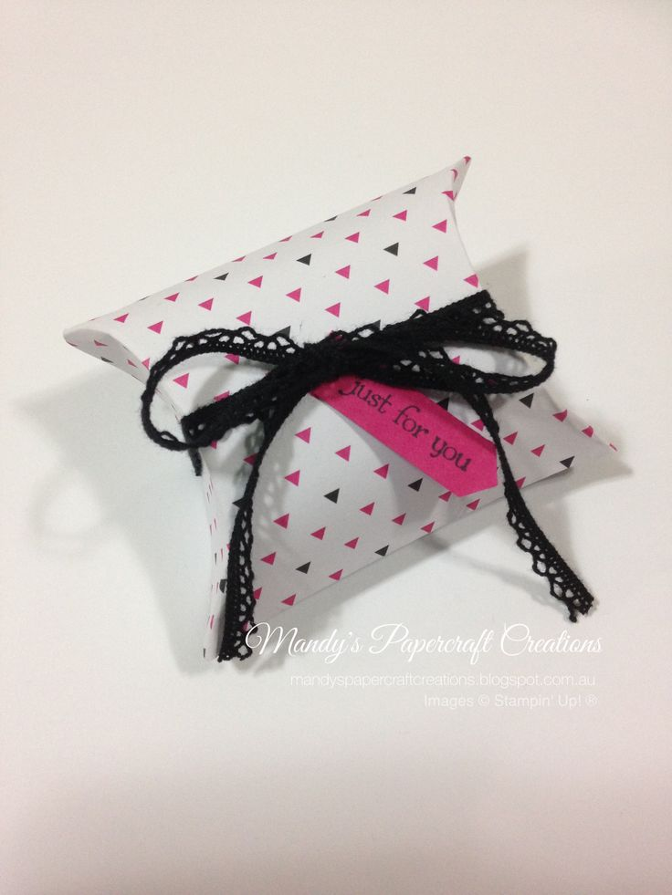 Mini Pillow Box in Pink, Black & White, made with Pillow Box Punch
