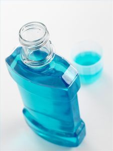 """How to Treat Lice With Listerine 