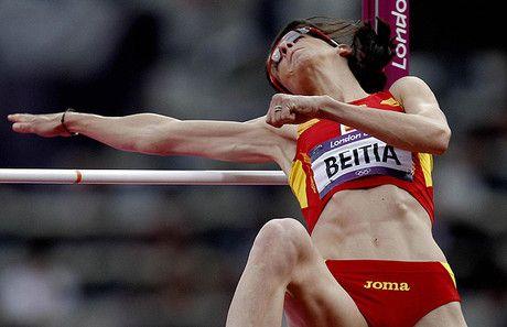 Ruth Beitia roza el bronce en salto de altura