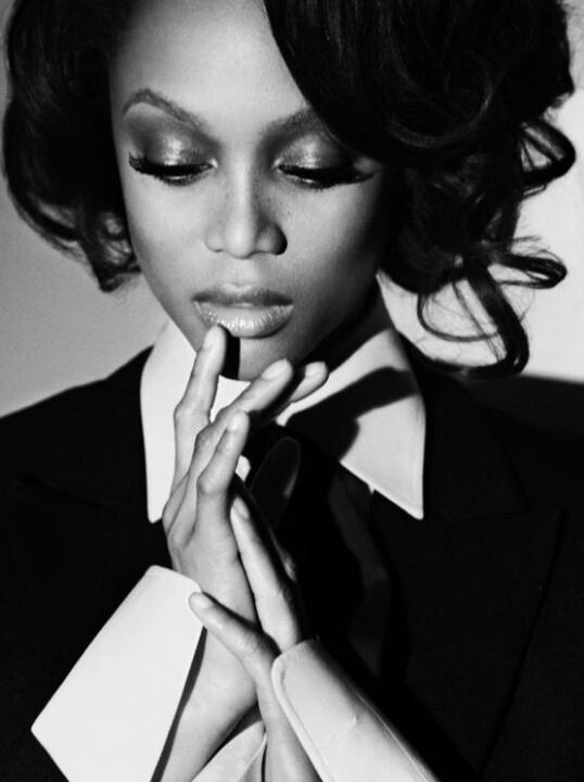 Tyra Banks America's next top model