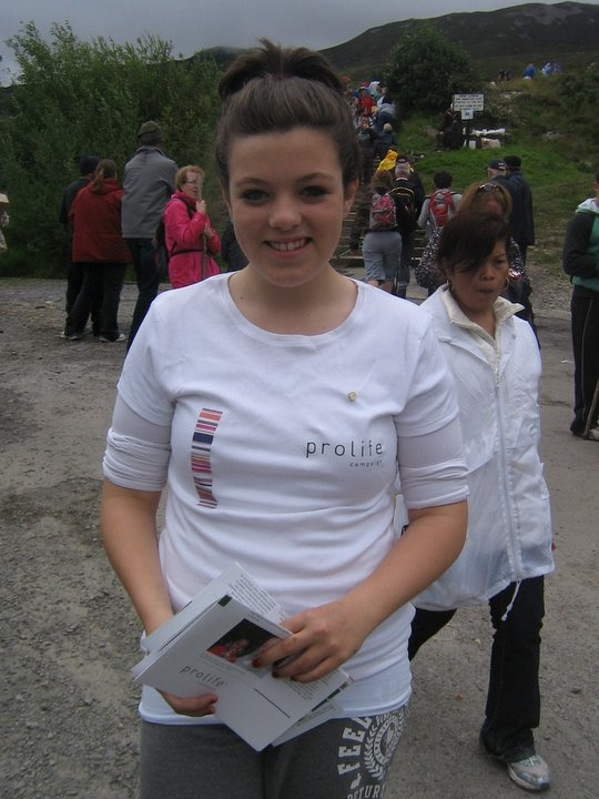 pro life volunteer