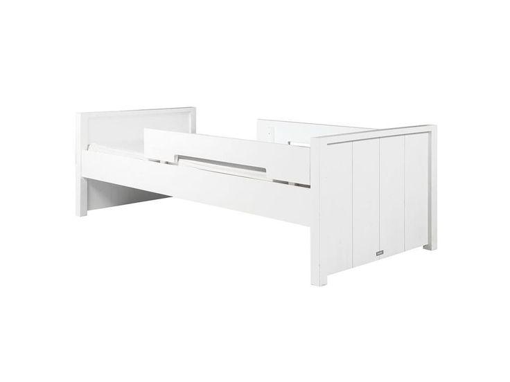 Juniorbett Basic Wood White Wash 90x160cm inkl. Rausfallschutz, Bopita, Jetzt bestellen unter: https://moebel.ladendirekt.de/kinderzimmer/betten/kinderbetten/?uid=e1747795-d7a1-5373-aabe-64b0d6467251&utm_source=pinterest&utm_medium=pin&utm_campaign=boards #juniorbett #kiefer #kinderzimmer #einzelbett #90x160 #kinderbett #kinderbetten #betten #bett