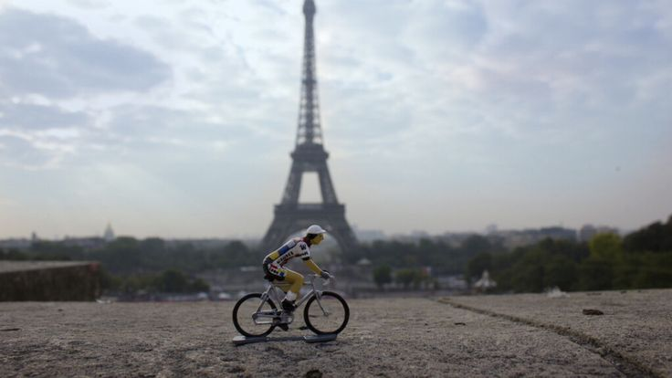 Look team cycling figurine. Hand painted in a 12 stage process in France, each one is a little collectible work of art. Strictly limited to 500 units world wide. Available at www.bicycleage.com