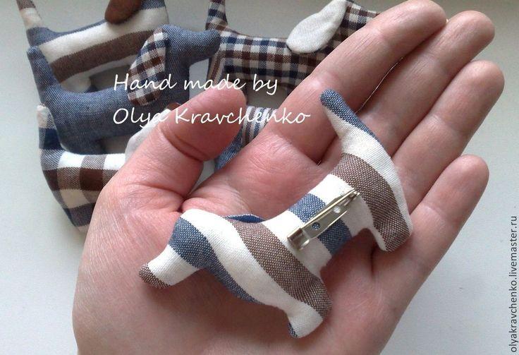 """Купить Текстильные брошки """"Собачки"""" - разноцветный, брошь, брошь ручной работы, брошь из ткани, брошечка"""