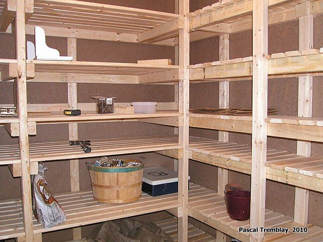 Rangement pour Ranger les Conserves - Chambre Froide. Instructions: http://www.france-jardinage.com/chambre-froide/chambre-froide-2.html