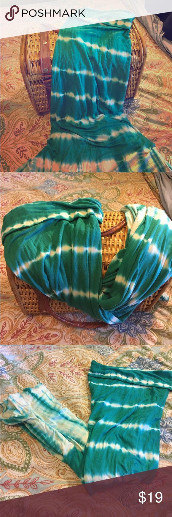 DESIGN HISTORY Tie Dye Maxi Skirt--Size Large Long bohemian jersey knit skirt with folded waist & tie dye print. Retails at $49 Design History Skirts Maxi